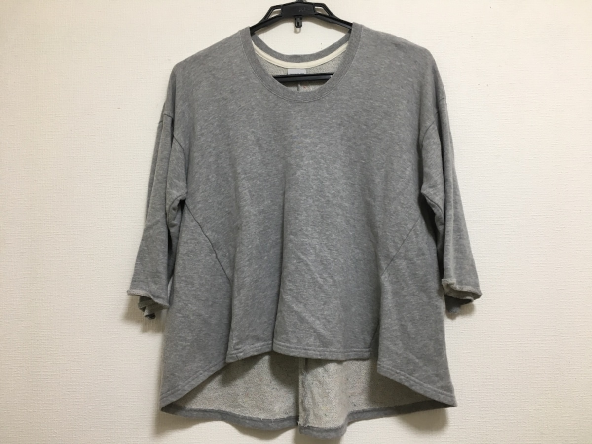 Ordinary fits(オーディナリーフィッツ)のカットソー