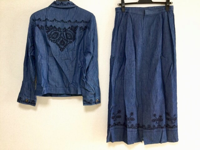 Chamois(シャミー)のスカートセットアップ