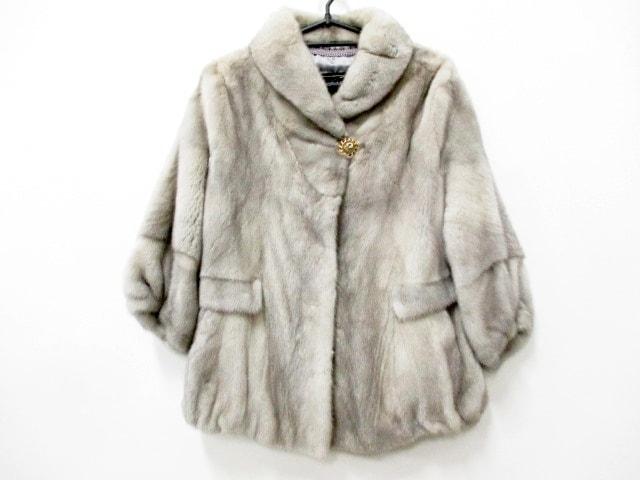ROYAL CHIE(ロイヤルチエ)のコート