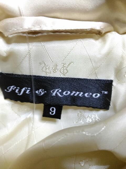 Fifi&Romeo(フィフィ&ロメオ)のダウンコート