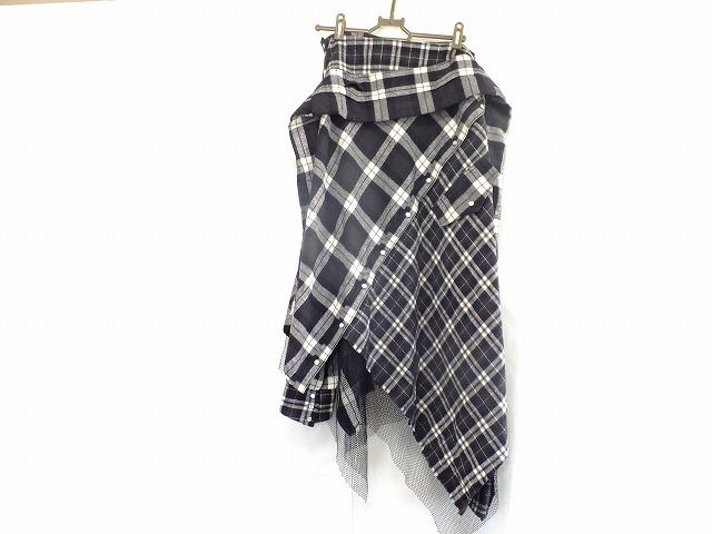 AULA(アウラ)のスカート