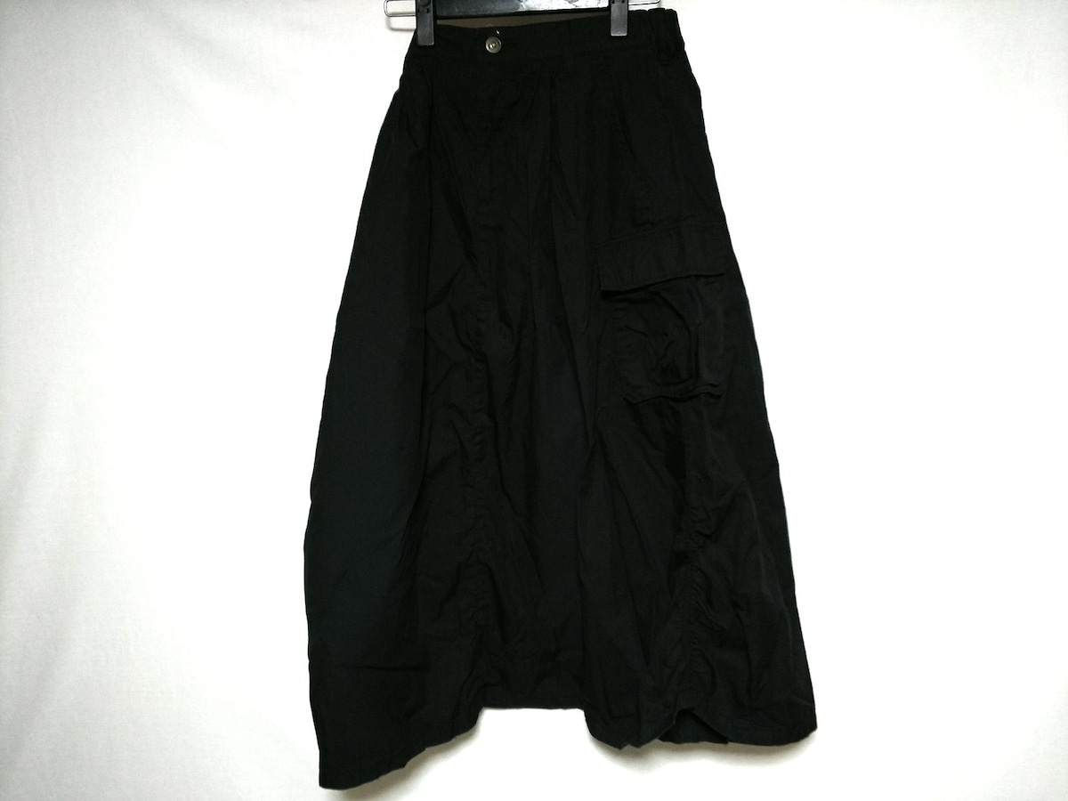 heel and toe(ヒールアンドトゥ)のスカート