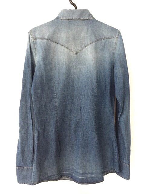 AGLINI(アリーニ)のシャツブラウス