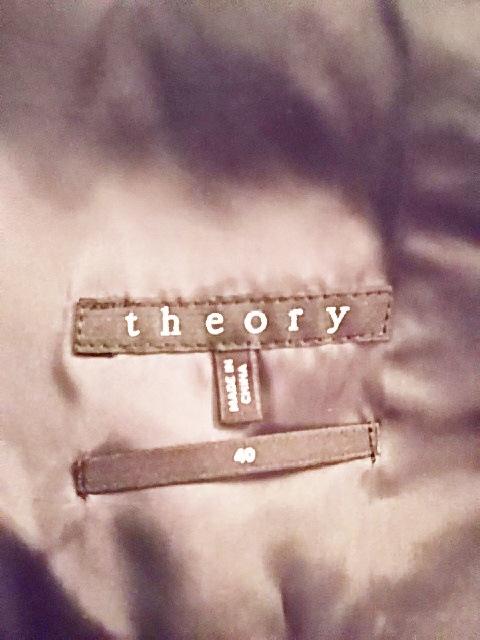 theory(セオリー)のメンズスーツ