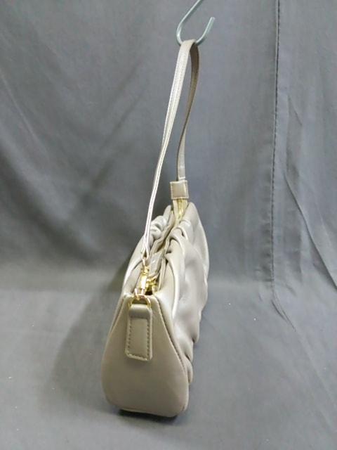Leilian(レリアン)のショルダーバッグ