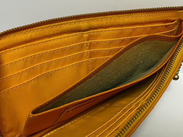 Anti-Forme(アンチフォルム)の長財布