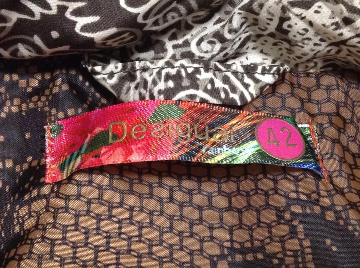Desigual(デシグアル)のダウンジャケット