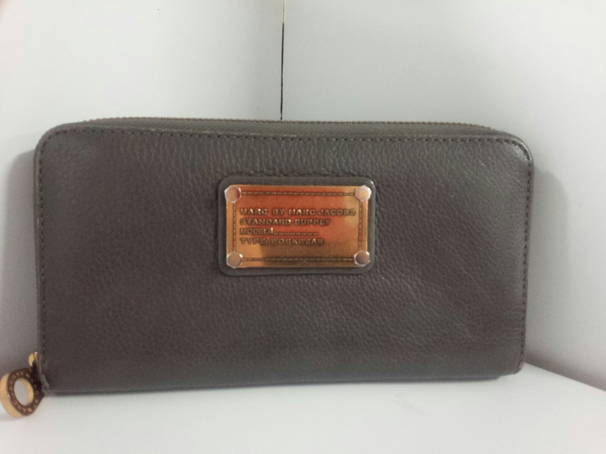 1df2f4d11ccc MARC BY MARC JACOBS(マークバイマークジェイコブス)/長財布の買取実績 ...