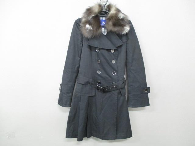 Burberry Blue Label(バーバリーブルーレーベル)のコート 黒