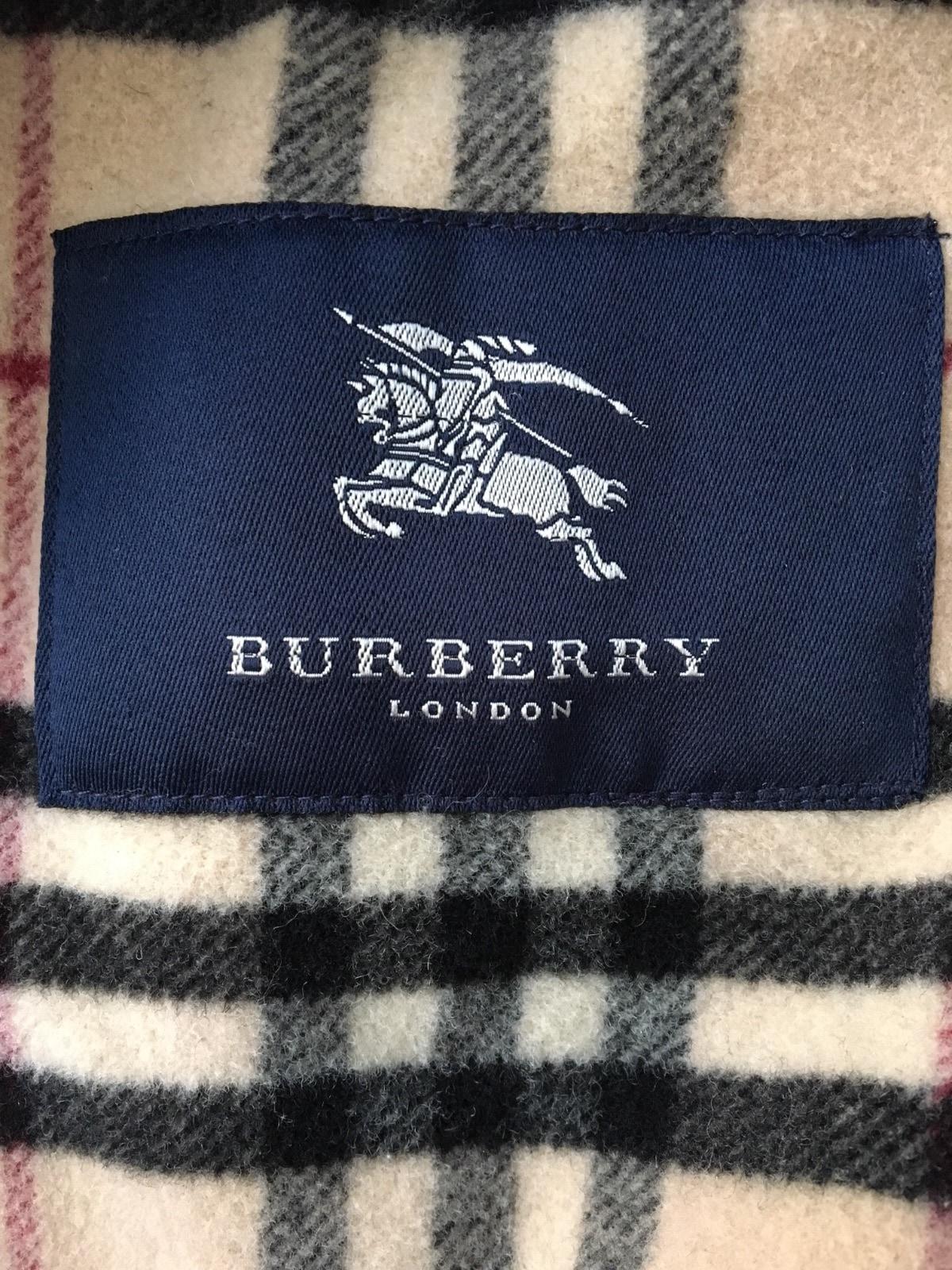 Burberry LONDON(バーバリーロンドン)のダウンコート