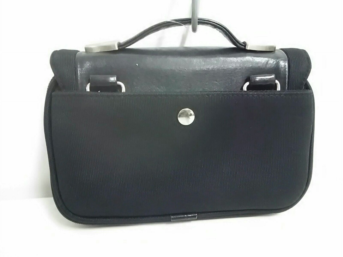 KARL LAGERFELD(カールラガーフェルド)のハンドバッグ