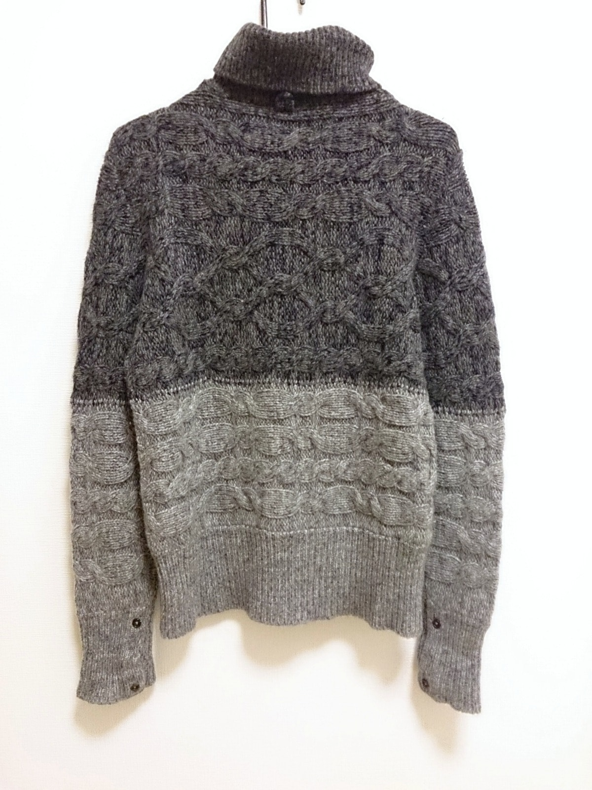 BLACK FLEECE BY Brooks Brothers(ブラックフリース バイ ブルックスブラザーズ)のセーター