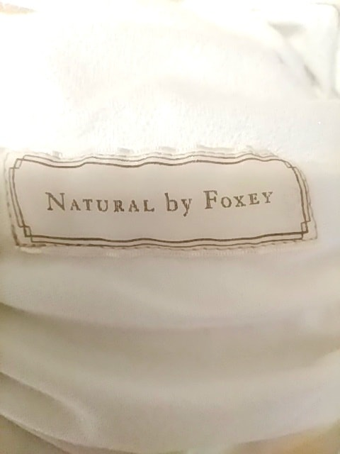 NATURAL by FOXEY(ナチュラルバイフォクシー)のワンピース