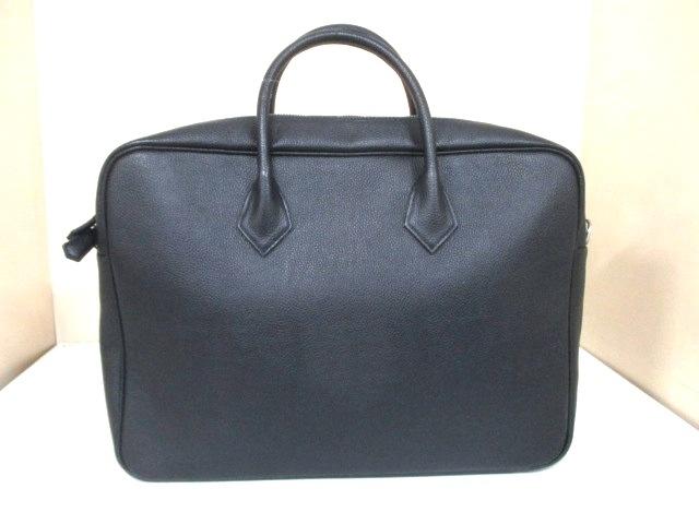 hinn(ヒン)のビジネスバッグ