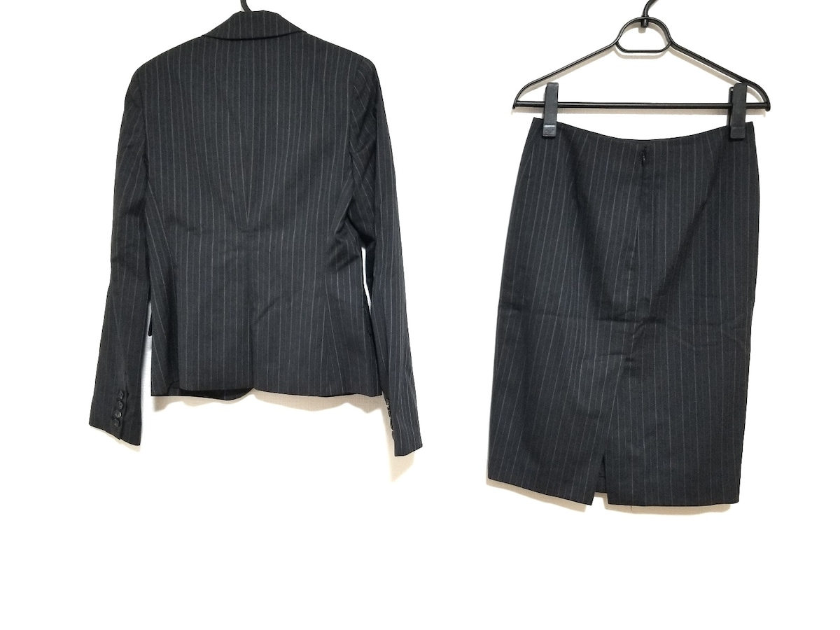 PLS+T(PLST)(プラステ)のスカートスーツ
