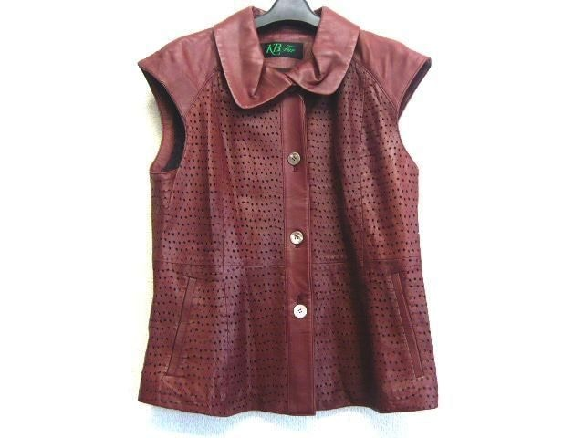 KB FUR(ケービーファー)のジャケット