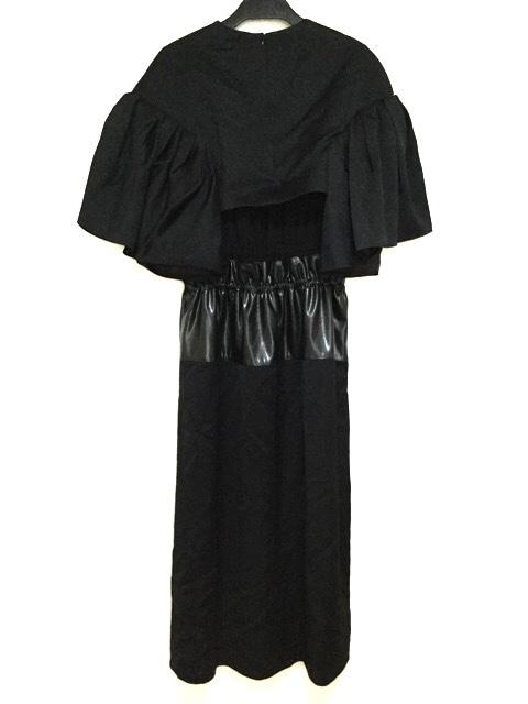AKIRA NAKA(アキラナカ)のドレス