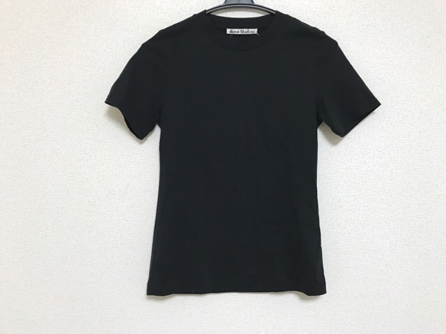 ACNE STUDIOS(アクネ ストゥディオズ)のTシャツ 黒