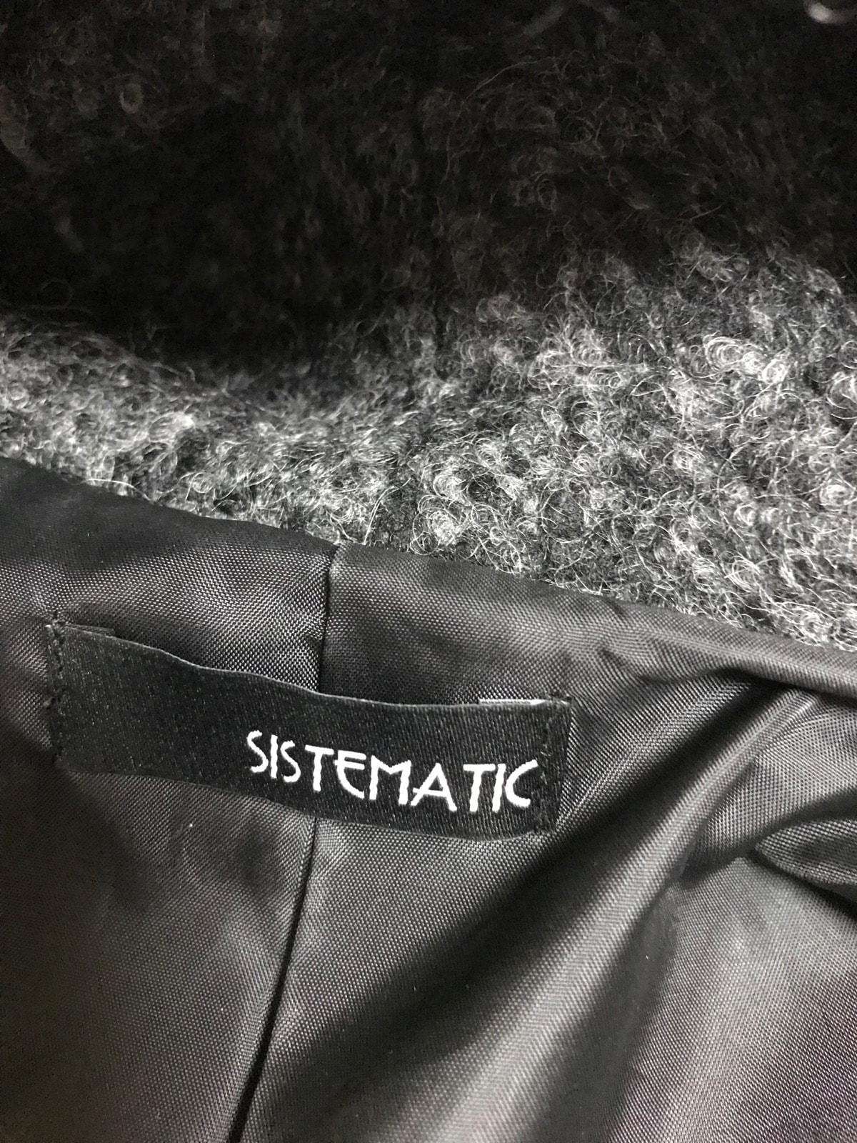 sistematic(システマティック)のコート