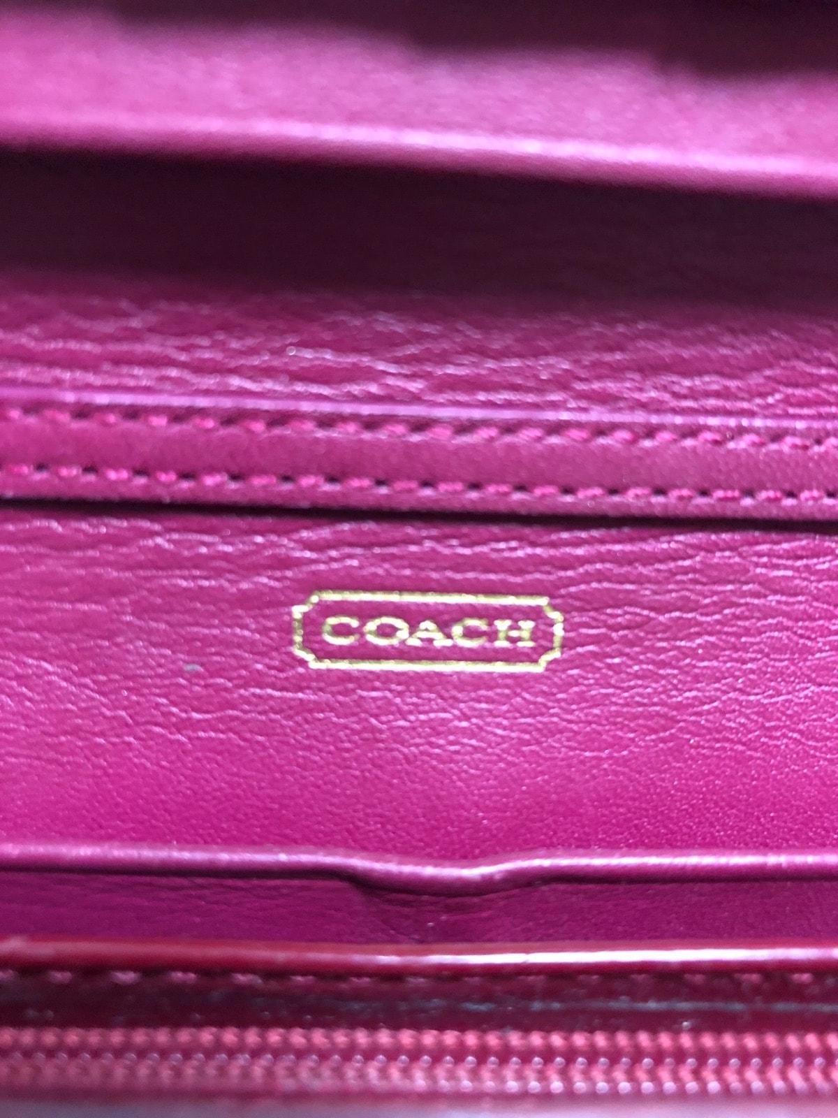 b9f938e226a8 ... COACH(コーチ) 財布 オプアート レッド リボン エナメル(レザー) 4