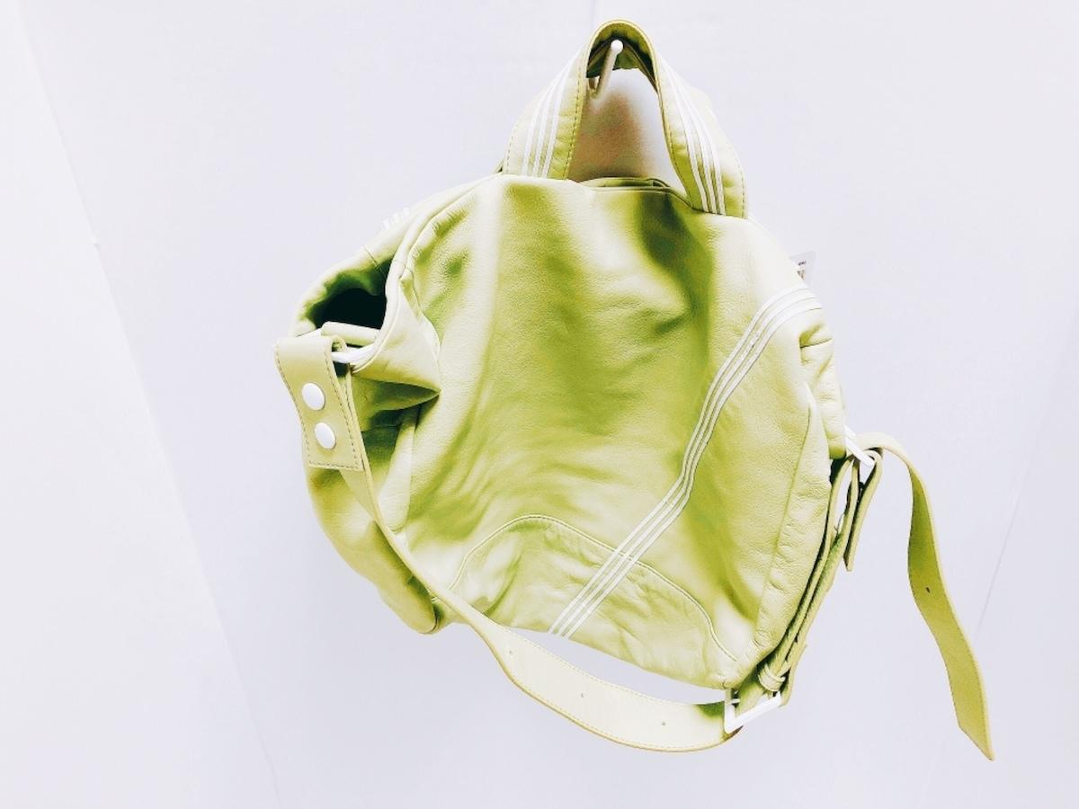 kawa-kawa(カワカワ)のトートバッグ ライトグリーン×白