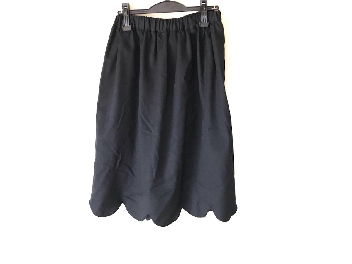 BLACK COMMEdesGARCONS(ブラックコムデギャルソン)のスカート 黒
