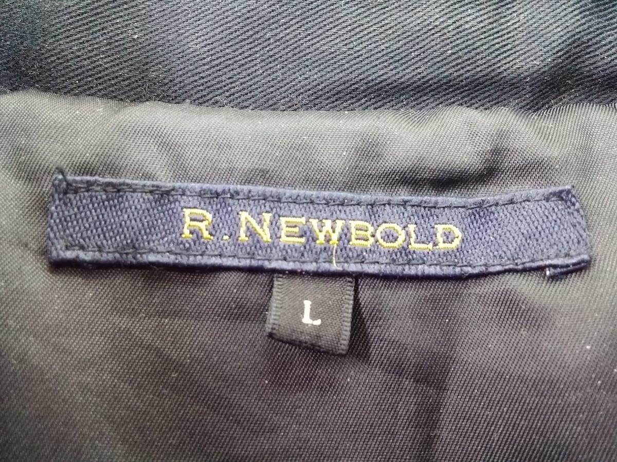 R.Newbold(アールニューボールド)のコート