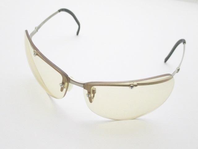 LUMEN(ルーメン)のサングラス