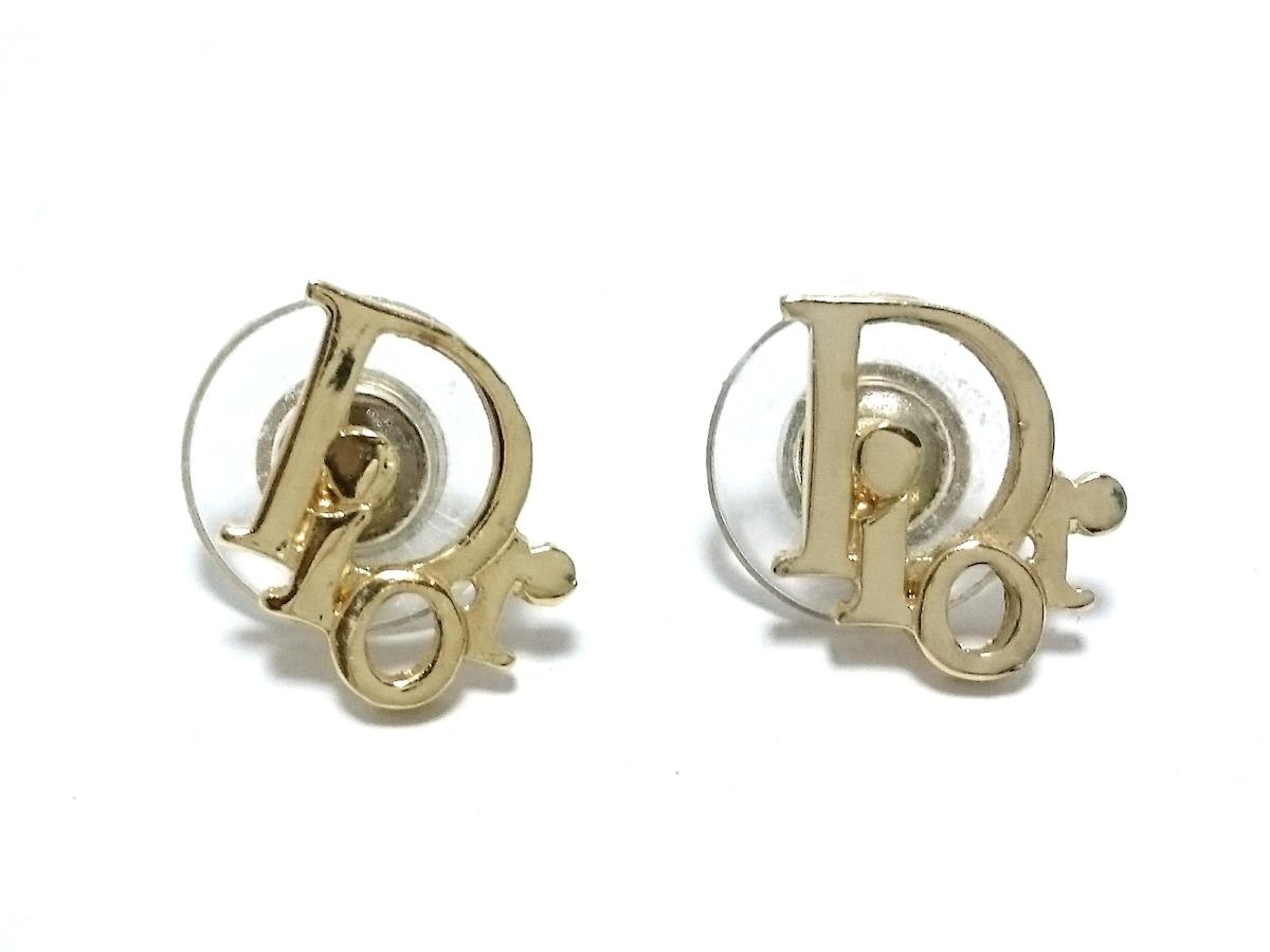 2d4186fd50e7 クリスチャンディオール ピアス 金属素材 ゴールド ロゴモチーフ ...