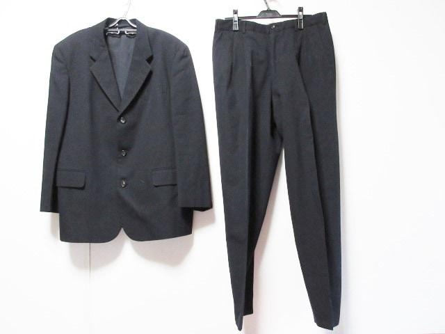 COMMEdesGARCONS HOMME(コムデギャルソンオム)のメンズスーツ 黒