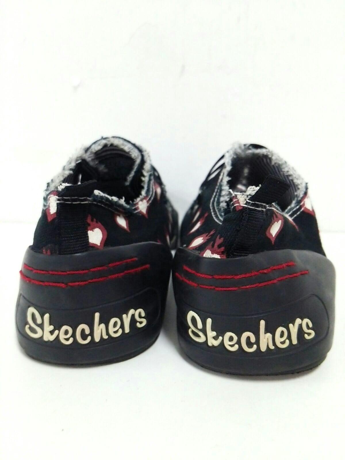 SKECHERS(スケッチャーズ)のスニーカー