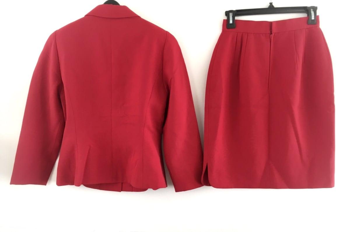 GIO SPORT(ジオスポーツ)のスカートスーツ