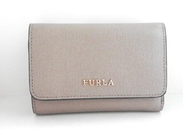 new style 27ca0 93dd6 FURLA(フルラ) 3つ折り財布美品 グレージュ レザー