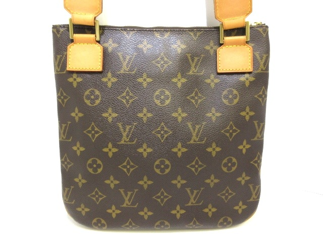 LOUIS VUITTON(ルイヴィトン)のポシェット・ボスフォール