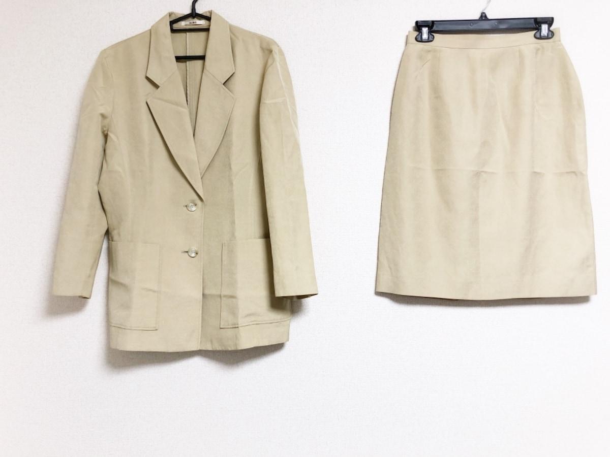 スーツ レディース ベージュ