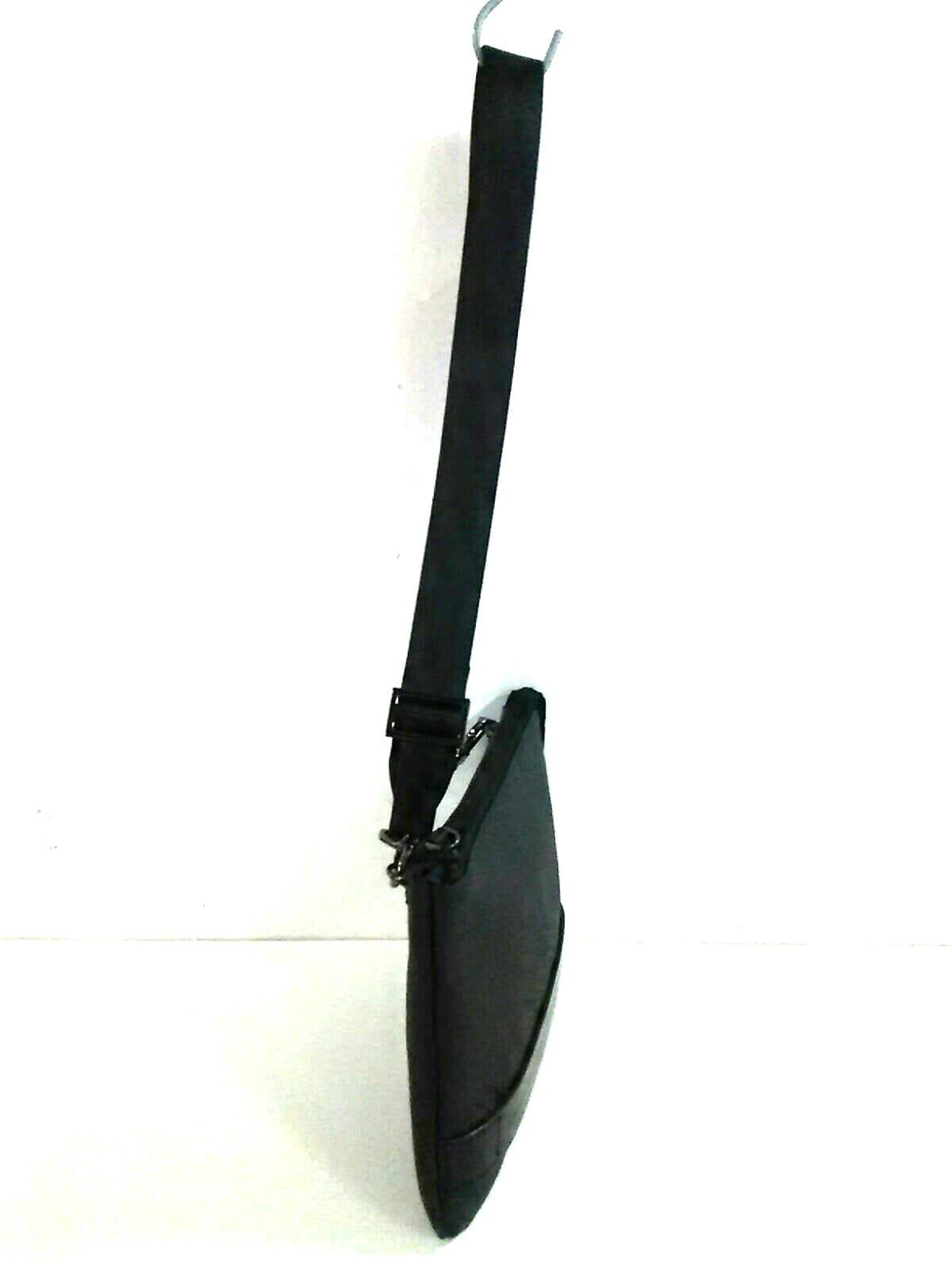 ZERO HALLIBURTON(ゼロハリバートン)のクラッチバッグ