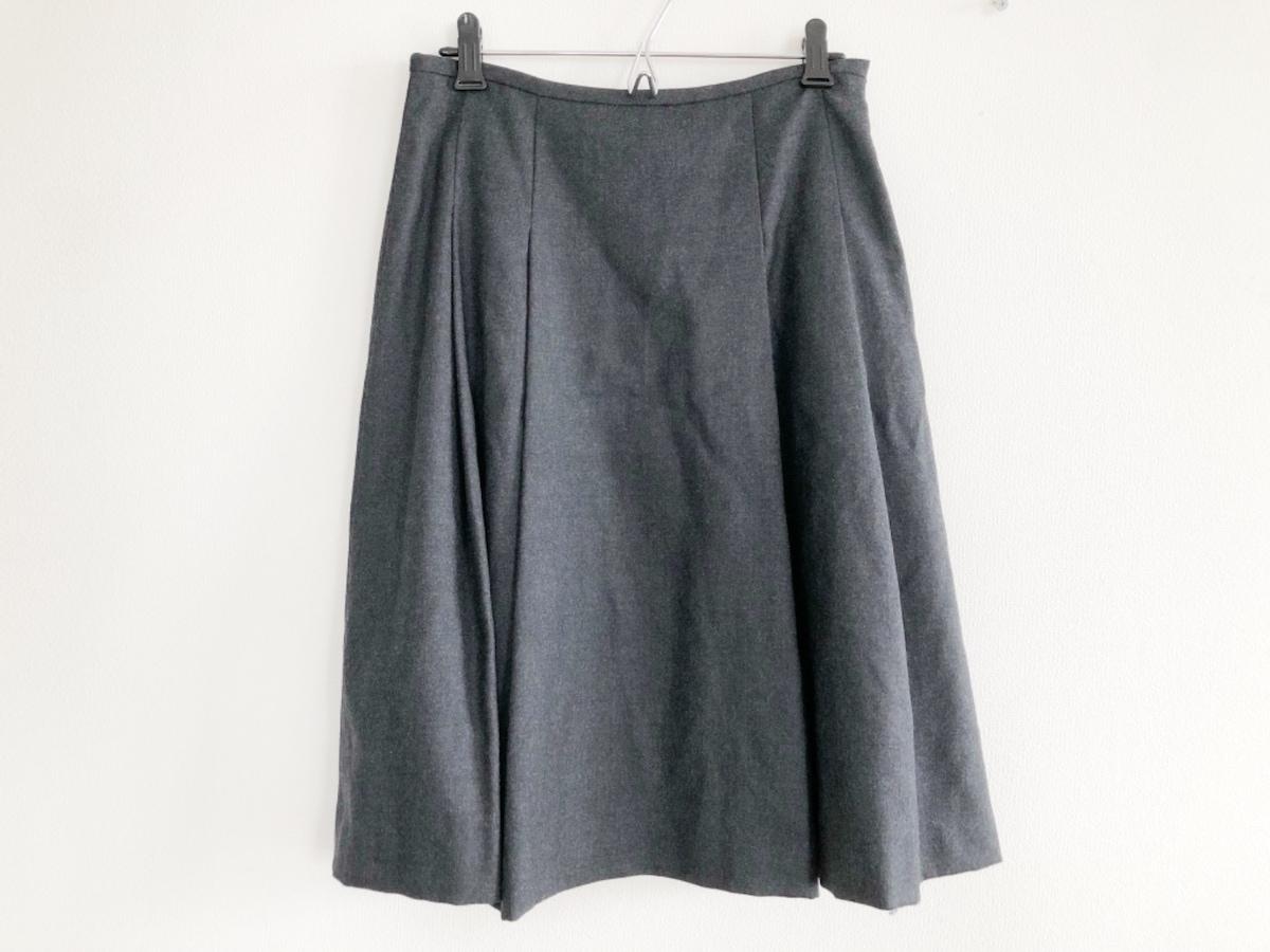 et plus(エプリュ)のスカート