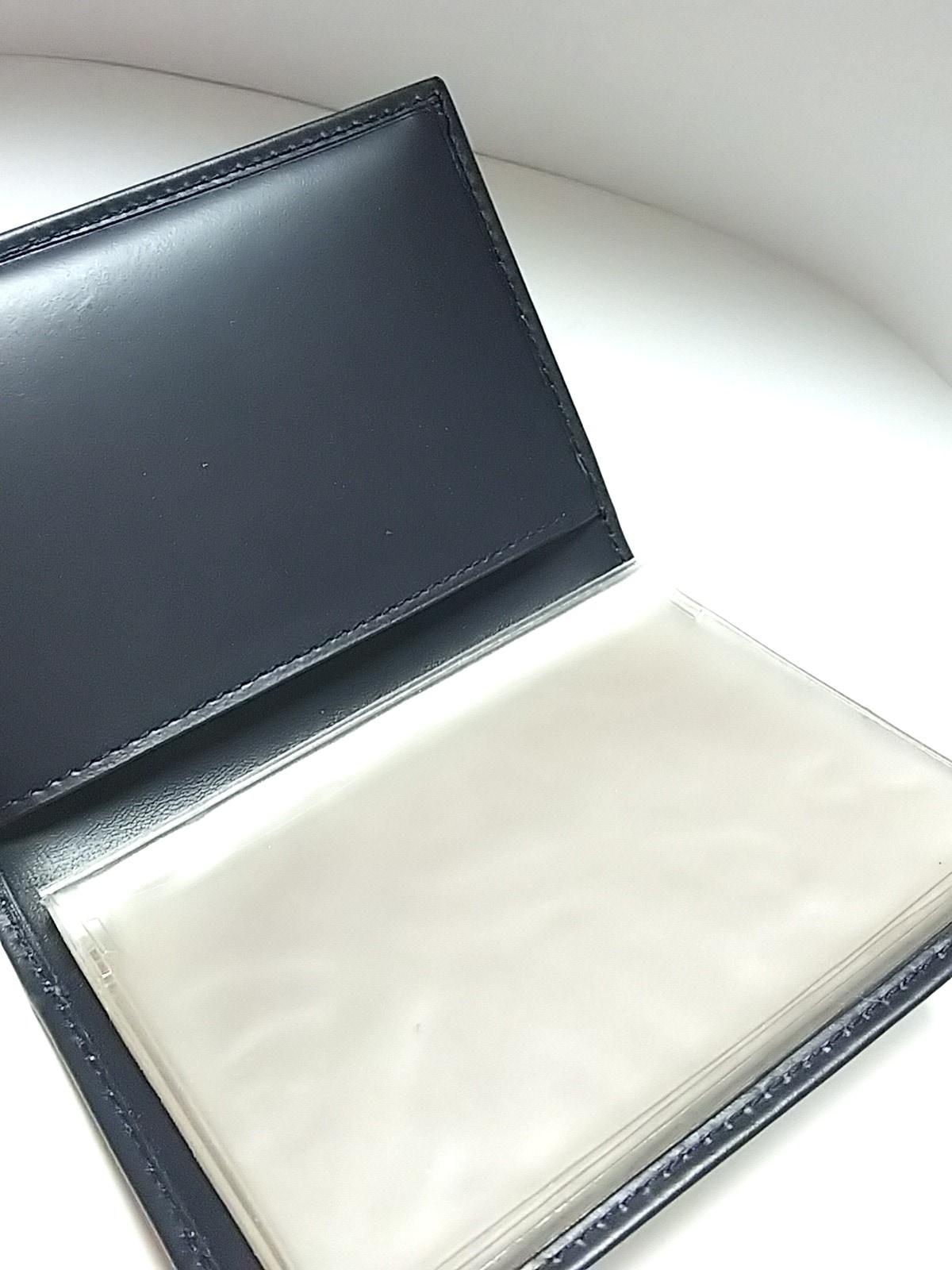 ICEBERG(アイスバーグ)のカードケース