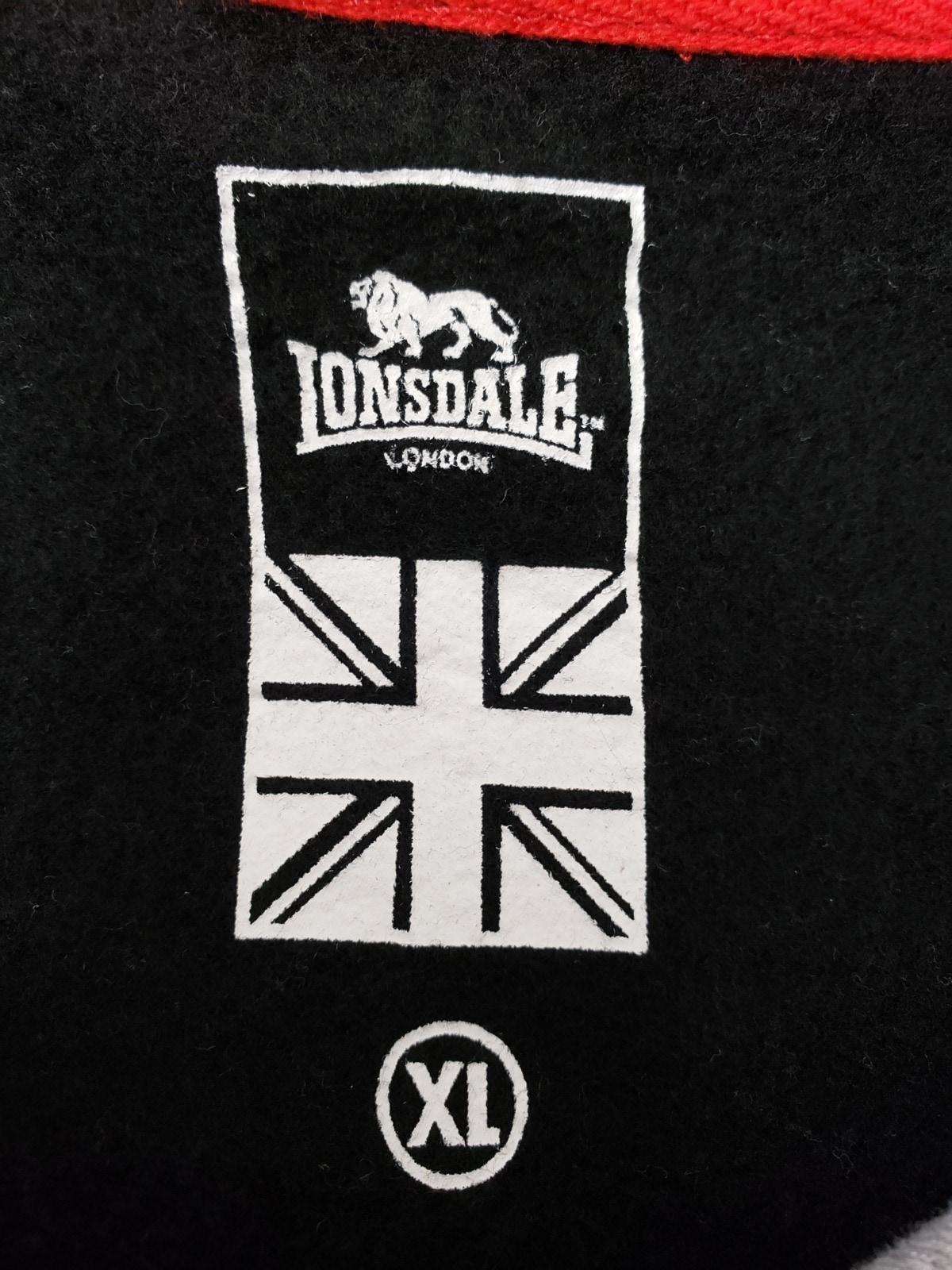 LONSDALE(ロンズデール)のパーカー