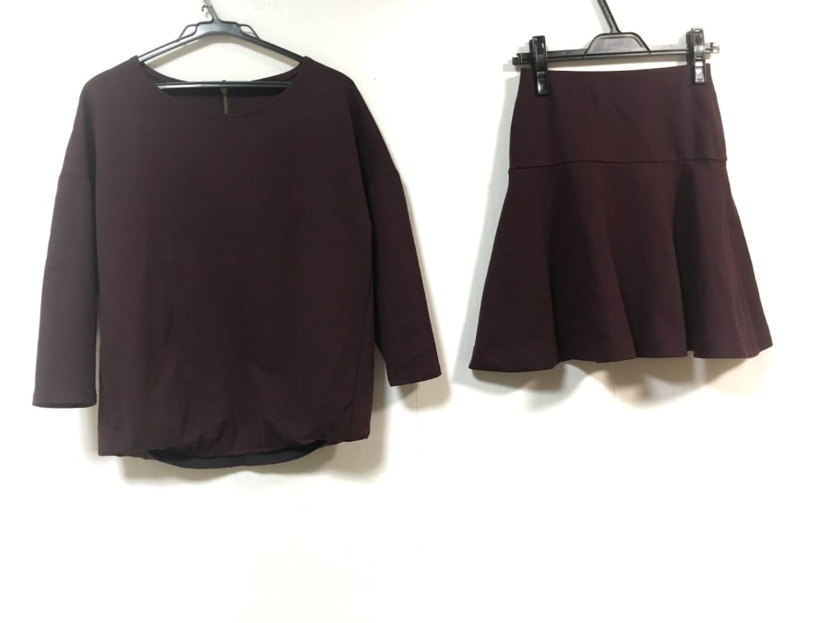Liesse(リエス)のスカートセットアップ