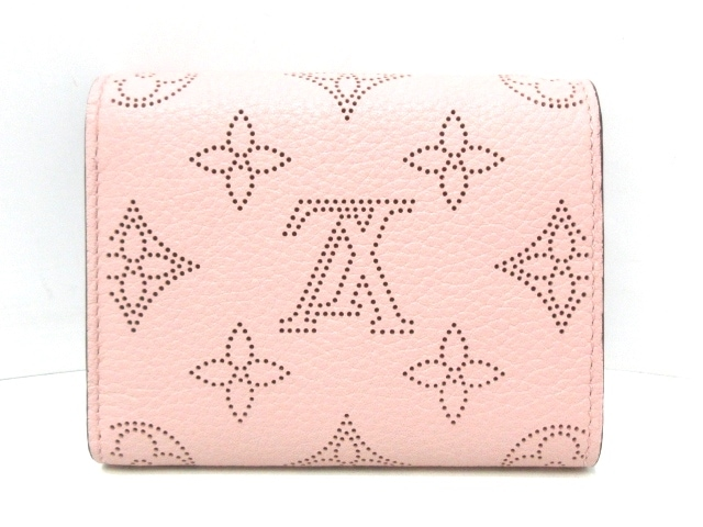 LOUIS VUITTON(ルイヴィトン)のポルトフォイユ・イリス コンパクト