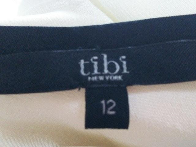 tibi(ティビ)のタンクトップ
