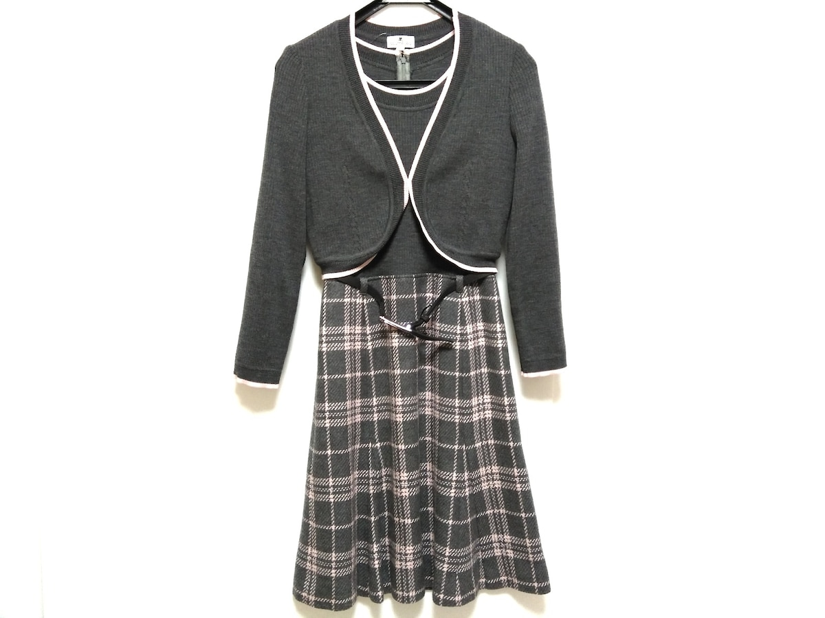 COURREGES(クレージュ)のワンピースセットアップ