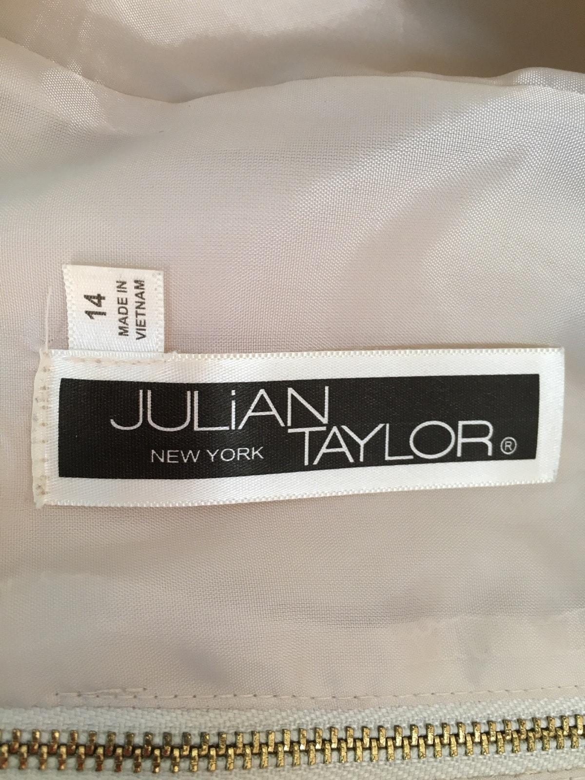 JULIAN TAYLOR(ジュリアンテイラー)のワンピース