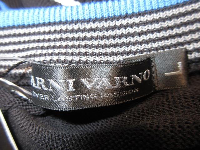 BARNIVARNO(バーニヴァーノ)のセーター