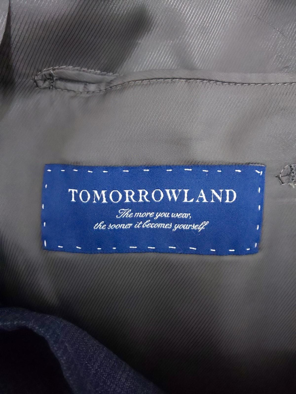 TOMORROWLAND(トゥモローランド)のメンズスーツ