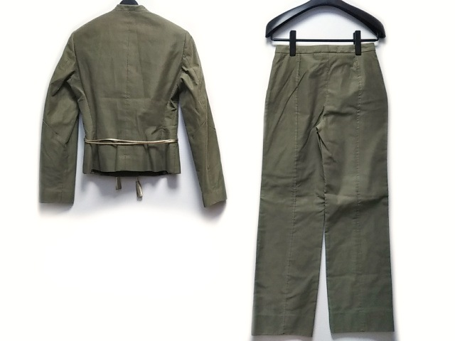 VERSUS(ヴェルサス)のレディースパンツスーツ