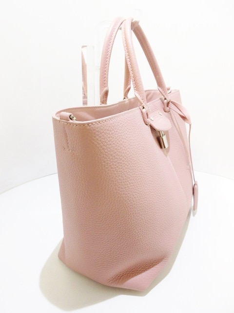 LOUIS VUITTON(ルイヴィトン)のペルネル