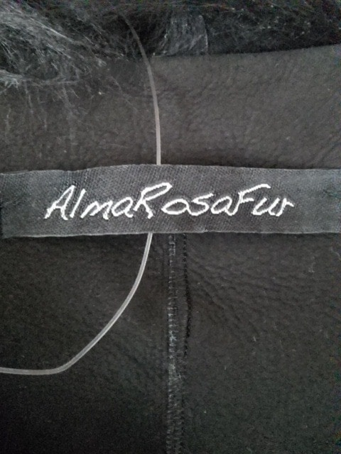 ALMA ROSA FUR(アルマローザ)のベスト