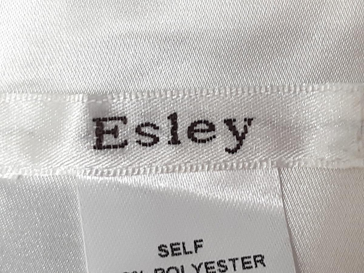 Esley(エスレイ)のワンピース